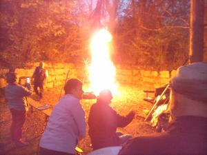 Traditionelles Osterfeuer am Hätzenstein